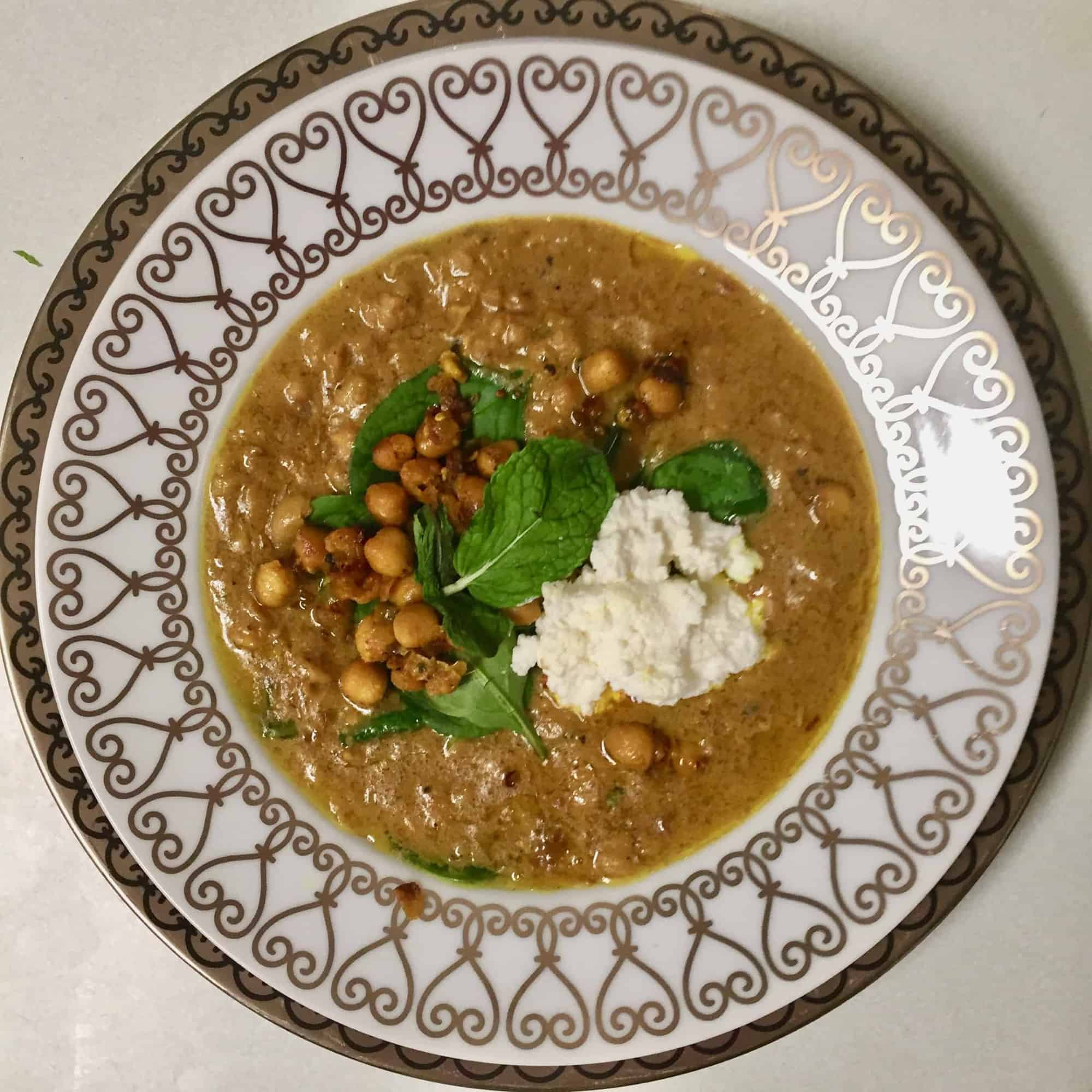 Spiced Chickpea Stew With Coconut And Turmeric From Alison Roman In The New York Times C H E W I N G T H E F A T